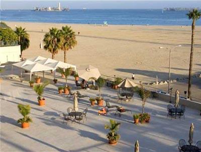 Villa Riviera Hot List